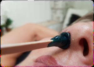 Voksbehandling af næse hos FyzFit Spa & Wellness